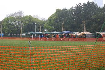 2008042701